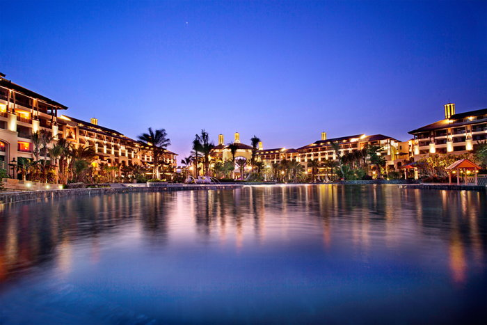 Fairmont Sanya Haitang Bay Resort - Exterior at night