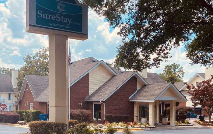 SureStay Studio by Best Western Charlotte Executive Park Hotel - Exterior