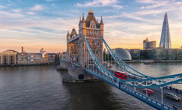 Bridge in London - Source WTTC