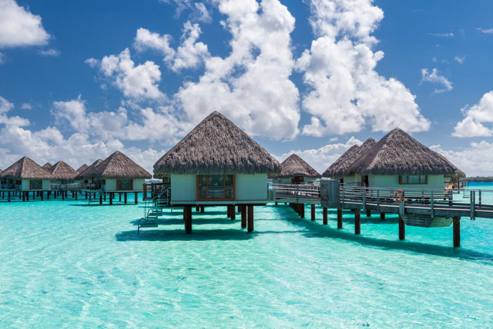 Overwater bungalows in Bora Bora - Source Expedia