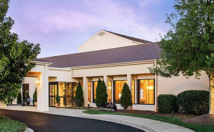 Sonesta Select Spartanburg - Entrance