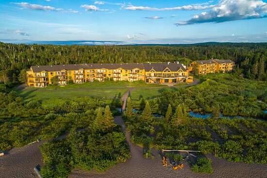Superior Shores Resort - Exterior