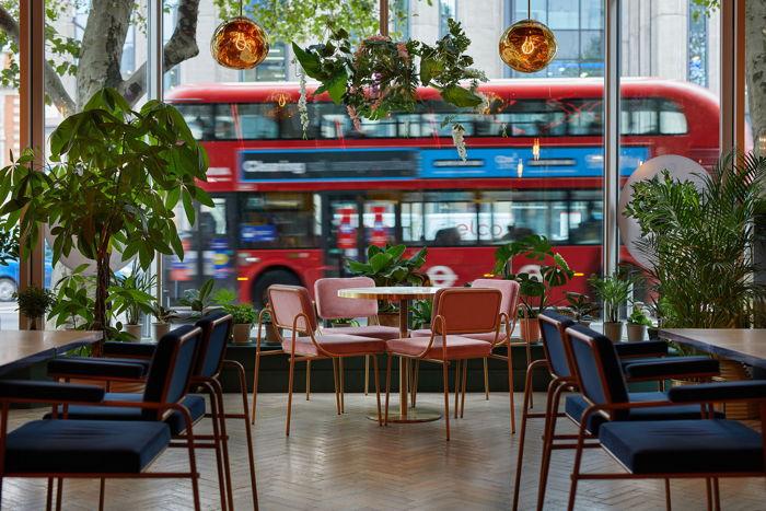 Pullman London Hotel, St Pancras Lounge
