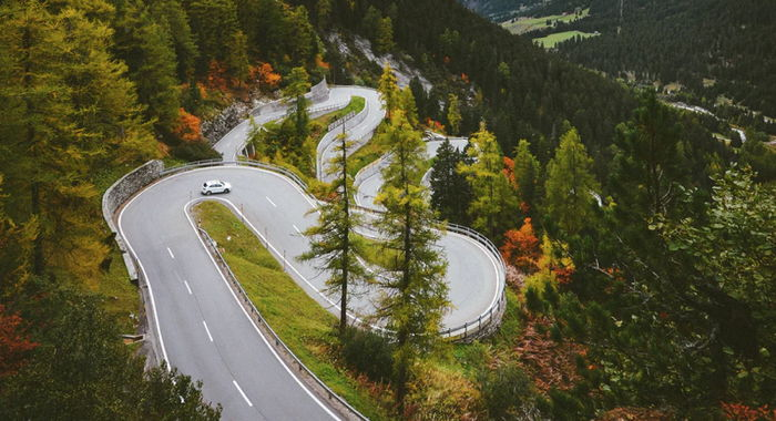 A winding road - Unsplash