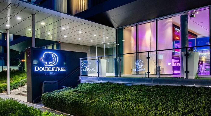 DoubleTree by Hilton Frankfurt Niederrad - Entrance