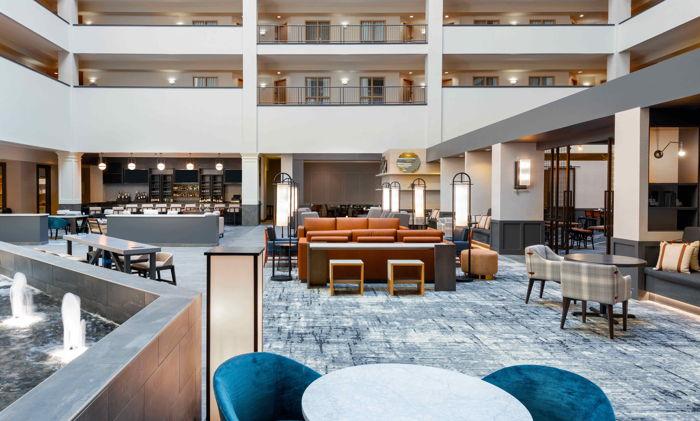 Hilton Charlotte Airport Hotel - Atrium