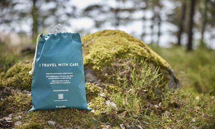 Keep Sweden Tidy bag in a forest