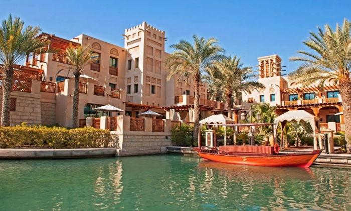 Madinat Jumeirah Hotel - Exterior