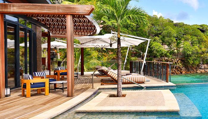 Mango House Seychelles - ocean front terrace
