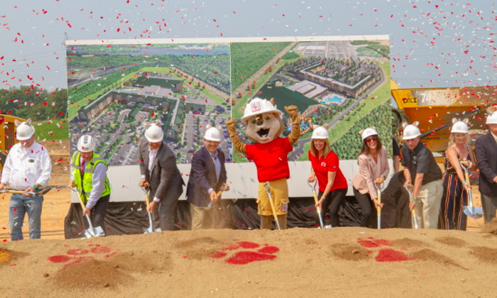 Image from Great Wolf Lodge ground breaking ceremony for its Maryland resort