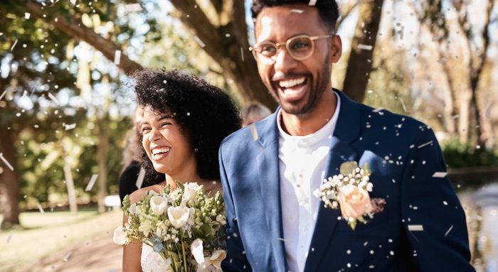 A wedding couple - Source Vizergy