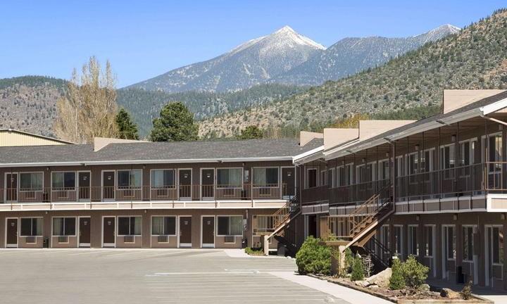 Travelodge Hotel, Flagstaff, Arizona - Exterior